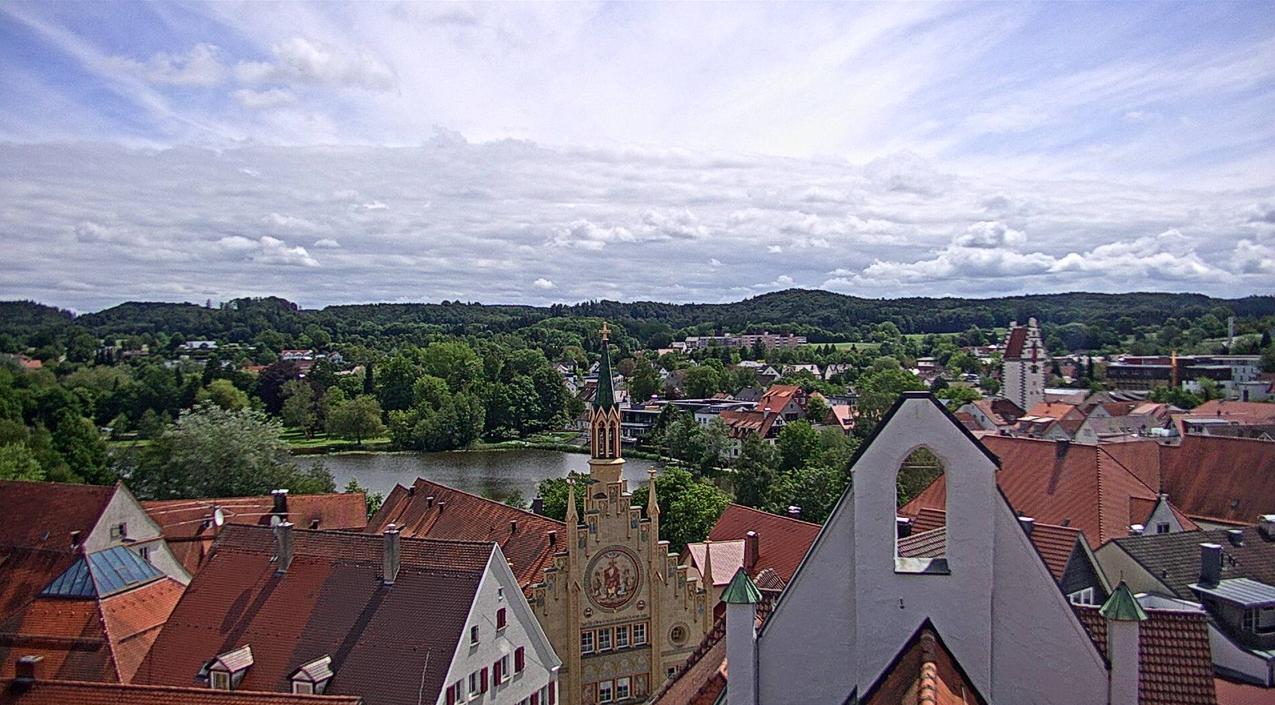 Bad Waldsee - Nach allen Richtungen wechselnder Blick vom Rathaus